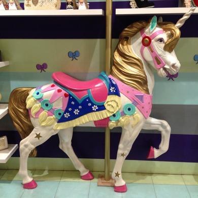 2017-02-unicorn-1737592_640